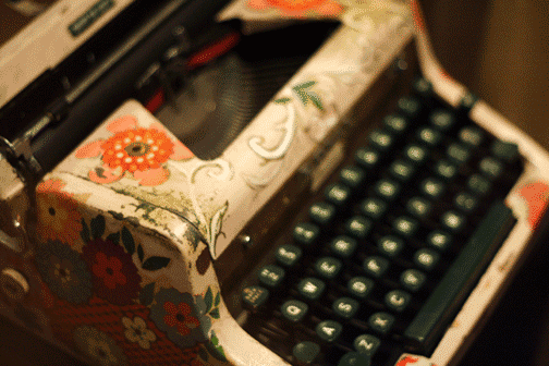Vansage typewriter Media and product submissions