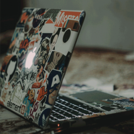 How to earn money living the van life freelancer image vansage