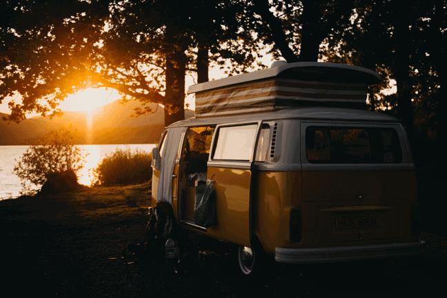 VW Van vansage How to earn money living the van life