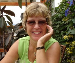 vansage author image Gillian Birch