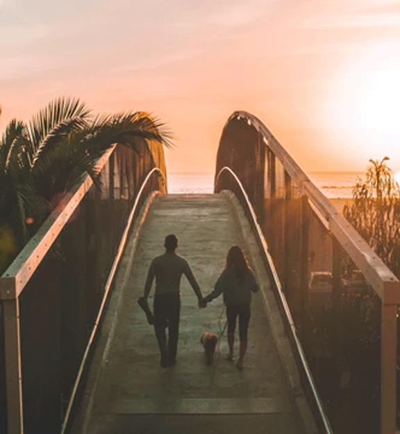 vansage couple on bridge survive vanlife with your partner